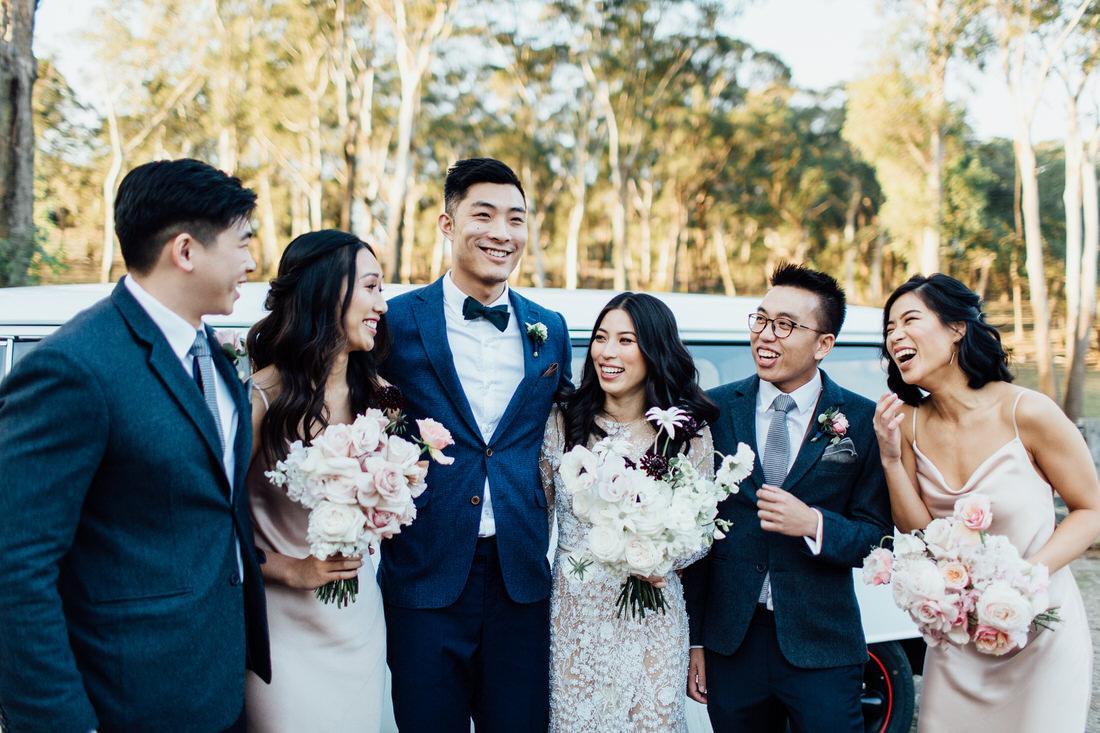 Centennial Vineyards wedding with bridal party and Kombi van